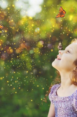 Conte thérapeutique pour enfants – Ilioua la petite bergère de la colline des papillons
